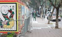 Peaceful Hanoi gets ready for New Year's Eve