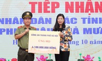 Hanoi receives donations of VND22 billion to support flood-hit people