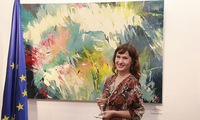 Polish painter's art works introduced in Vietnam