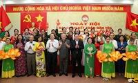 Leaders attend great unity festival in Hanoi