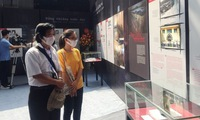 Exhibition recalls Vietnamese revolutionary soldiers' studying in colonialist and imperialist prison