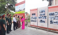 Photo exhibition spotlights President Ho Chi Minh Mausoleum