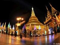 Vẻ đẹp hoàng hôn trên Chùa Vàng ở Yangon, Myanmar