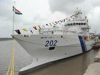 Tàu của Lực lượng Bảo vệ Bờ biển Ấn Độ thăm thành phố Đà Nẵng