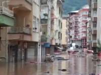 Mưa lũ kinh hoàng tại Thổ Nhĩ Kỳ, 8 người thiệt mạng