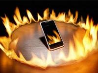 Vì sao pin smartphone thỉnh thoảng lại phát nổ?