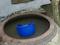 Bỏ tiền mua nước sạch, người dân Vĩnh Long nhận lại... nước sông?