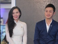 MC Anh Tuấn trổ tài thử dẫn chương trình 'Talk Vietnam'