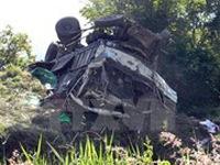 Quảng Nam: Xe tải mất phanh lao xuống vực, 3 người thương vong