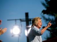 Bà Hillary Clinton cáo buộc Nga can thiệp vào bầu cử Mỹ