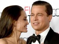 Brad Pitt lặng người khi biết Angelina Jolie đòi ly dị