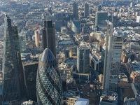 Kinh tế Anh thoát khỏi cú sốc ngắn hạn hậu Brexit