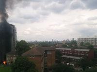 Cháy nổ ở chung cư 16 tầng tại London, Anh