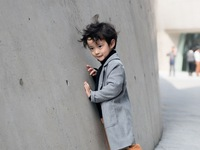 Tuần lễ thời trang Hàn Quốc: Trẻ con 'chất lừ' không thua gì người lớn!