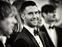 Maroon 5 hủy show vì Adam Levine