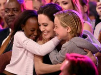 Sự thật thú vị về những đứa trẻ nhà Jolie-Pitt