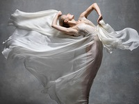 'Nghẹt thở' trước loạt ảnh đẹp như tranh của các vũ công ballet