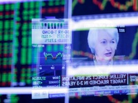 'Sức khỏe' kinh tế Mỹ chưa ổn khiến FED chùn chân