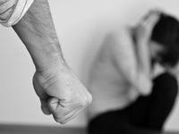 Phụ nữ bị bạo hành và vấn đề pháp lý