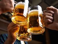 Dư luận ủng hộ chủ trương cấm uống rượu bia trong giờ làm việc