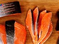 Thông tin cá hồi nuôi có thể gây ung thư là không đúng