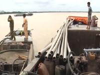 Bắt giữ 2 phương tiện khai thác cát trái phép ở Trà Vinh