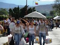 Colombia và Venezuela mở cửa trở lại biên giới