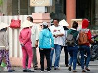 Bất lực trong quản lý 'cò' vé chợ đen ở ga Sài Gòn?