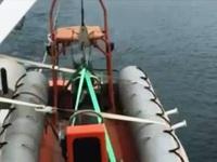 Cứu 10 thuyền viên tàu cá gặp nạn trên biển Nghệ An