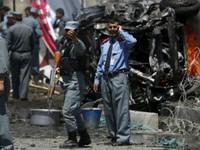 Đánh bom kép tại Afghanistan, gần 30 cảnh sát thiệt mạng