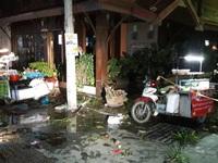 Hiện trường tan hoang sau vụ nổ bom ở khu nghỉ dưỡng Hua Hin, Thái Lan