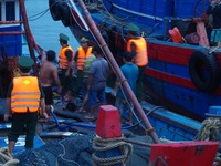 Quảng Trị: Cứu 2 tàu cá gặp nạn trên biển