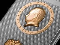 Đồng Ruble mất giá, iPhone cháy hàng ở Nga