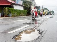 Quốc lộ 1 đoạn qua Phú Yên hư hỏng sau... 1 năm nâng cấp