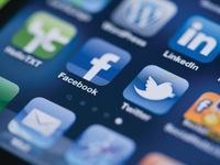 Mạng xã hội và chống khủng bố: Chọn an ninh quốc gia hay lợi ích khách hàng?