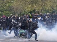Biểu tình phản đối luật lao động tại Pháp có dấu hiệu leo thang