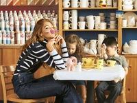 "Gigi Hadid khoe vẻ trẻ trung trên Harper""s Bazaar"