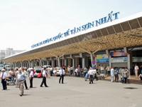 Sân bay Tân Sơn Nhất phải giảm, giãn chuyến bay giờ cao điểm