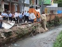 Giải tỏa các hộ dân lấn chiếm để chống ngập cho Tân Sơn Nhất