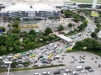 Phân luồng giao thông mới ở khu vực sân bay Tân Sơn Nhất
