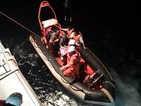 Kịp thời cấp cứu ngư dân bị nhồi máu cơ tim trên biển