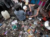Khan hiếm nước do nắng nóng tại Ấn Độ