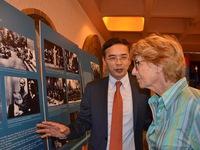 Khai mạc triển lãm ảnh về Chủ tịch Hồ Chí Minh tại Pháp