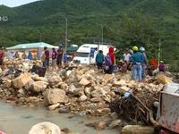 Nam Trung Bộ thiệt hại nặng nề do mưa lũ