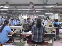 Lương lao động ngành dệt may tăng 12