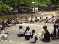 Thanh niên tình nguyện Mỹ vì trẻ em nghèo Việt Nam