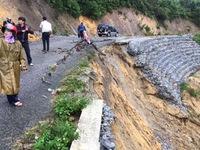 Giao thông miền Trung thiệt hại 800 tỷ đồng do mưa lũ