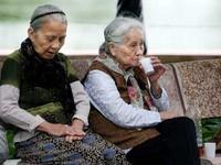 Việt Nam đang già hóa dân số với tốc độ nhanh