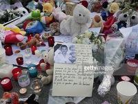 Người dân Pháp nỗ lực vượt qua nỗi đau sau vụ khủng bố tại Nice