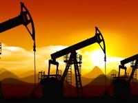 Giá dầu đi xuống vì Mỹ tăng mạnh sản lượng